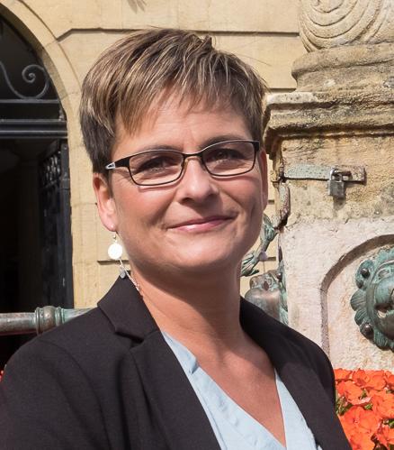 Fanny Naville à la Municipalité